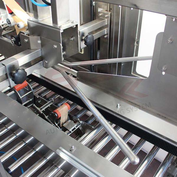 Sistema chiudi tre falde nastratrice automatica in acciaio Inox