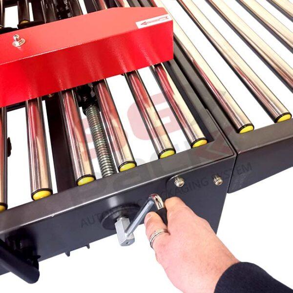 Regolazione formato scatola inferiore su nastratrice Easy Tape 70 TSB