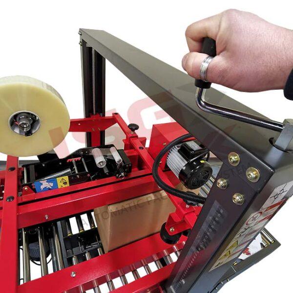 Regolazione formato scatola superioresu nastratrice Easy Tape 70 TSB
