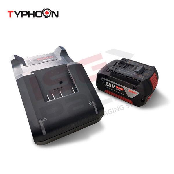Carica batteria Bosch per tendireggia elettrico Typhoon